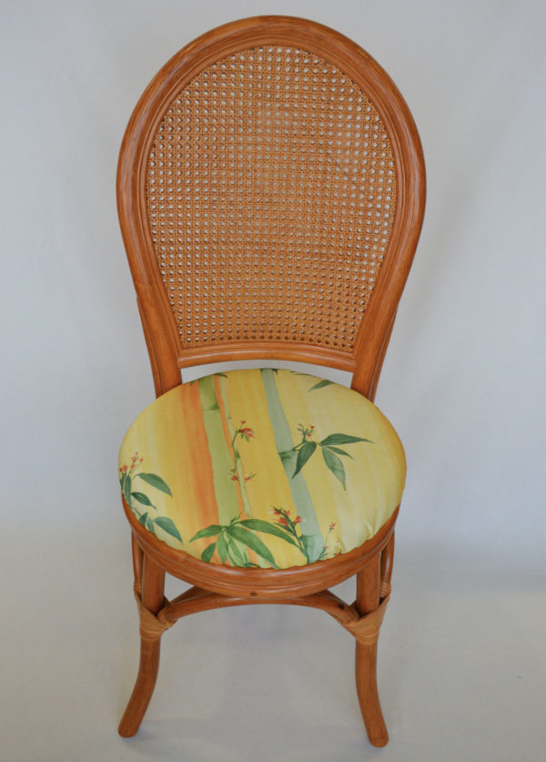 chaise traditionnelle
