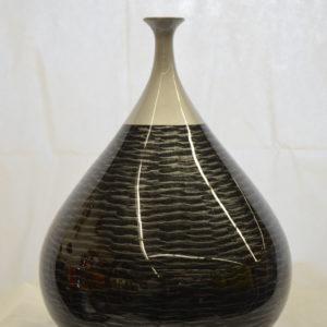 Vase noir et gris